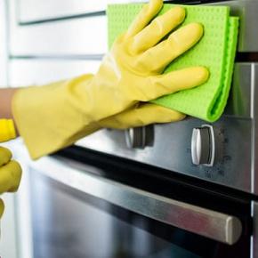 Nettoyage de four : 6 choses auxquelles on ne penserait pas