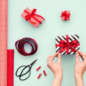 Papiers cadeaux - Réutiliser en faisant simple