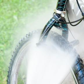 Nettoyer votre vélo au nettoyeur haute pression Karcher