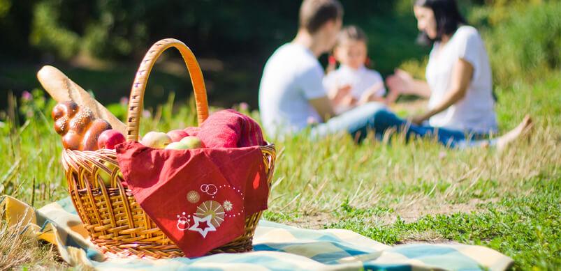 9 activités pour divertir les enfants le week-end de Pâques - Un pique-nique en famille